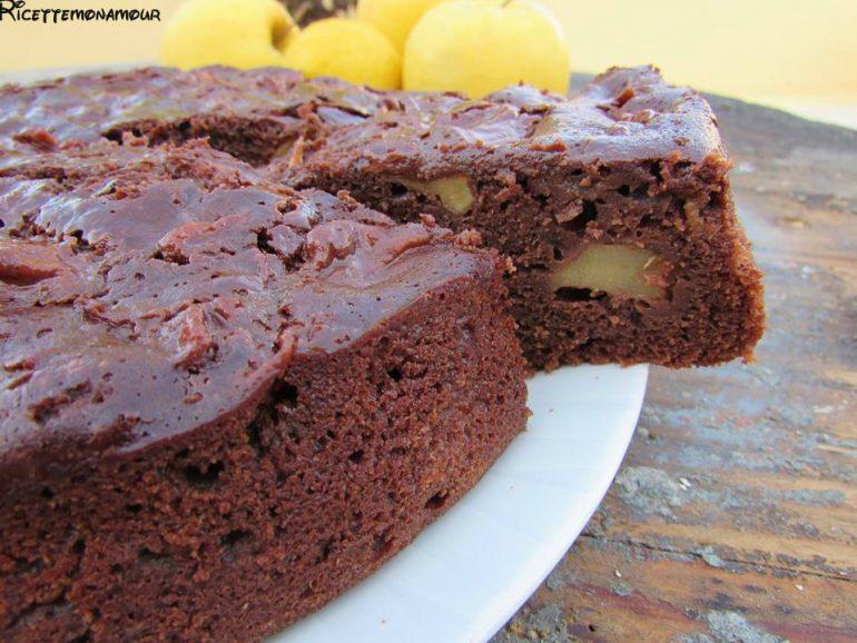 torta al cacao e mele